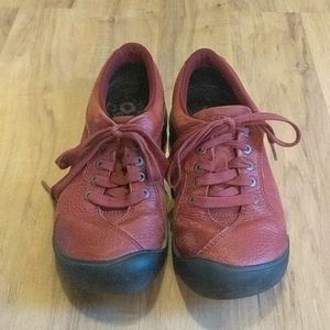 Red Keen Lace Up Leather Athletic Shoes